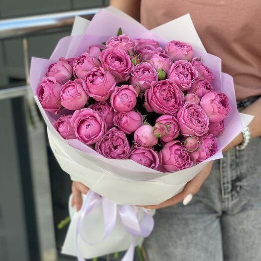 Букет Розовые сладости из 9 веток пионовидных роз