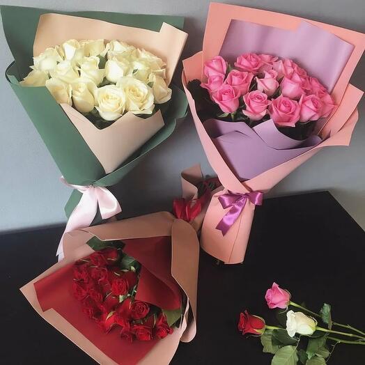 Букет из 15 роз ( стоимость за 1 шт. )