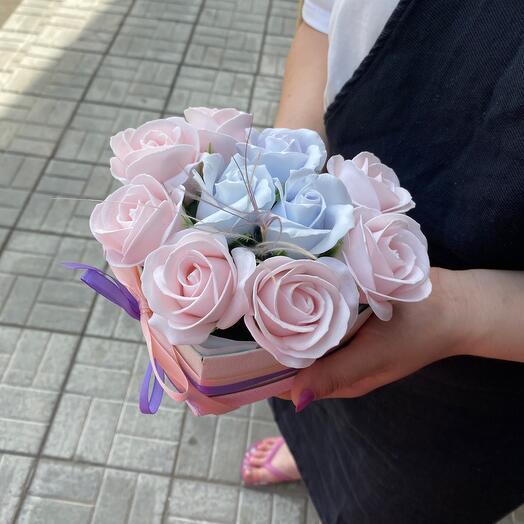 Сердечко из мыльных роз