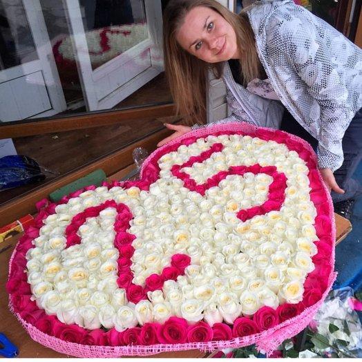 Композиции с цифрами из роз: букеты цветов на заказ Flowwow