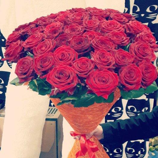 51 красная роза в сезали: букеты цветов на заказ Flowwow