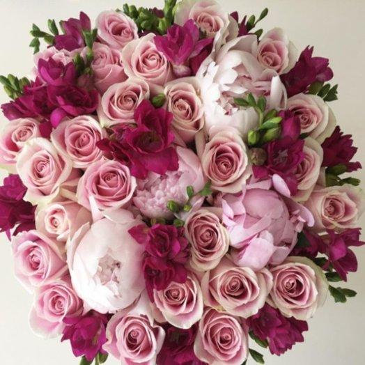 50 оттенков розового: букеты цветов на заказ Flowwow