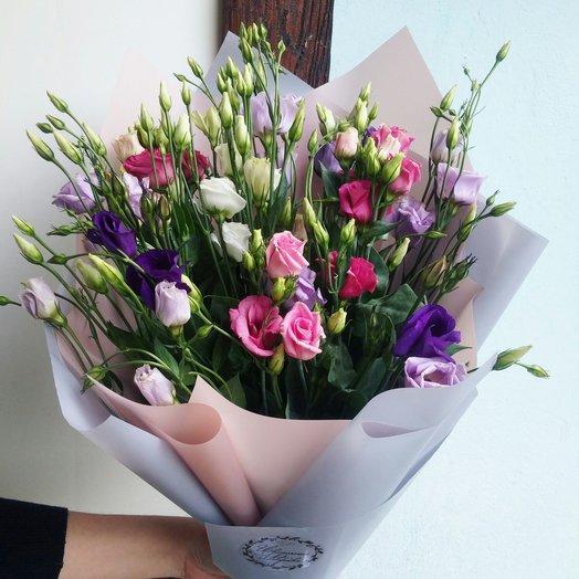 Букет с эустомой: букеты цветов на заказ Flowwow