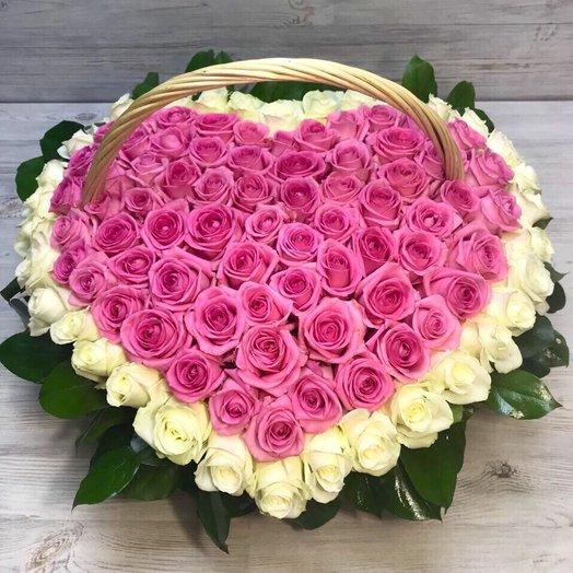 Корзины с цветами. Розы. Сердце из роз. 101 роза. N67