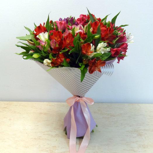 Букет из 25 альстромерий: букеты цветов на заказ Flowwow