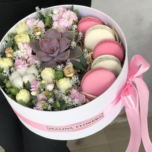 Цветы и сладкое: букеты цветов на заказ Flowwow