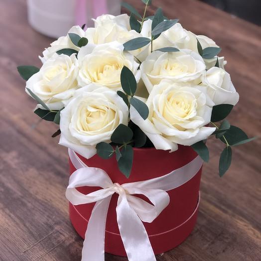 Шляпная Джульетта: букеты цветов на заказ Flowwow