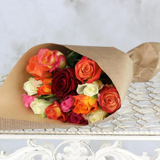 Bouquet of 15 multicolored roses 40 cm in Kraft: flowers to order Flowwow