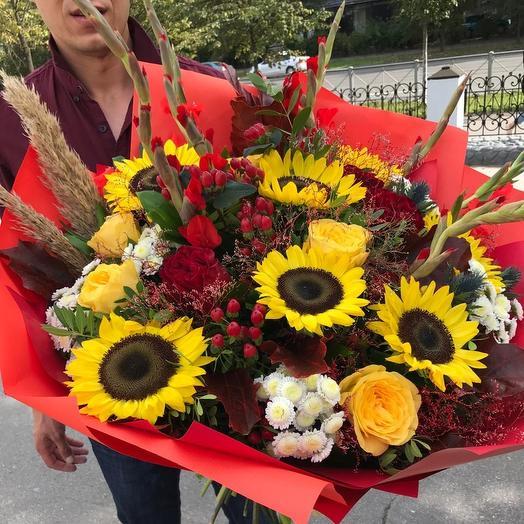"Букет с подсолнухами 🌻 ""Осенний роман"": букеты цветов на заказ Flowwow"