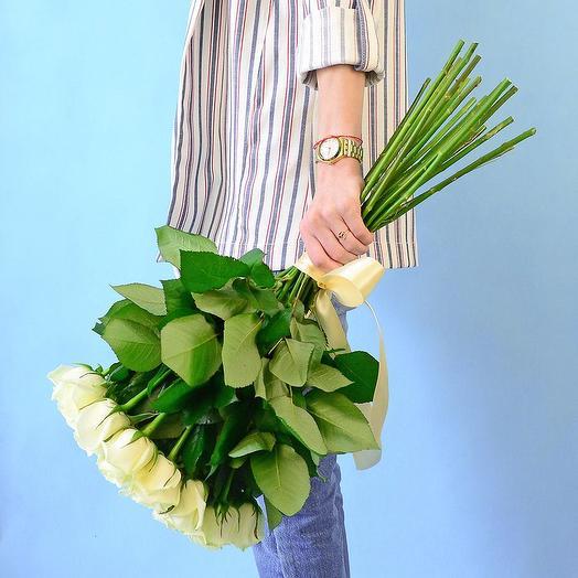 25 белых роз (50 см): букеты цветов на заказ Flowwow