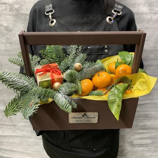 Рождественский подарок 2020 с мандаринами: букеты цветов на заказ Flowwow
