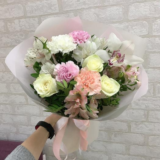 Очаровательная: букеты цветов на заказ Flowwow