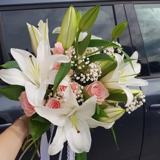 Свадебный с лилией