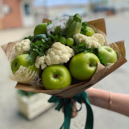 Фруктово-овощной букет яблоко