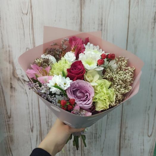 Букет с ассорти цветов