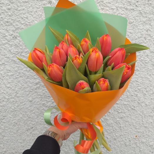 Букет с тюльпанами 15