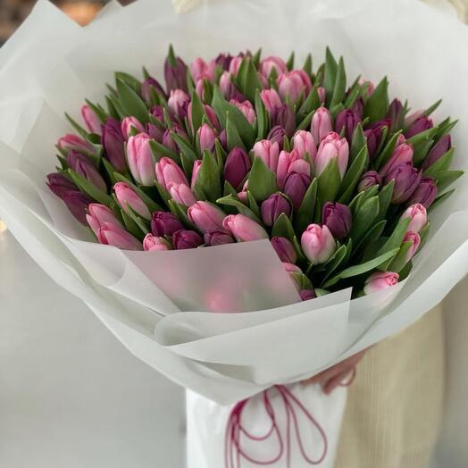 Монобукет пионовидных тюльпанов