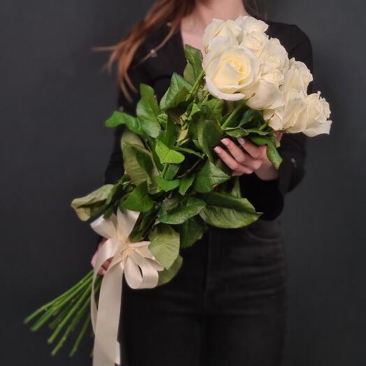 15 Длинных белых роз💫 60 см
