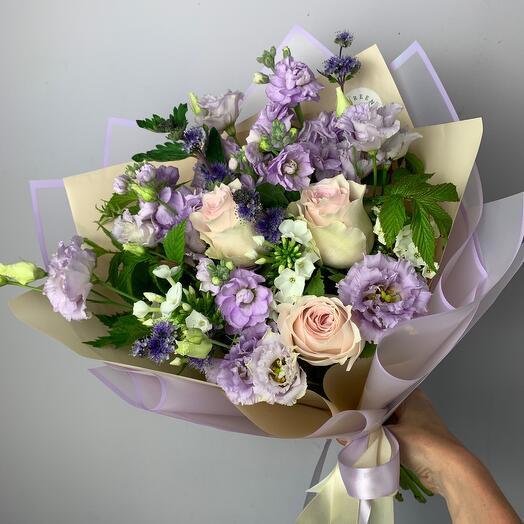 Букет с розами