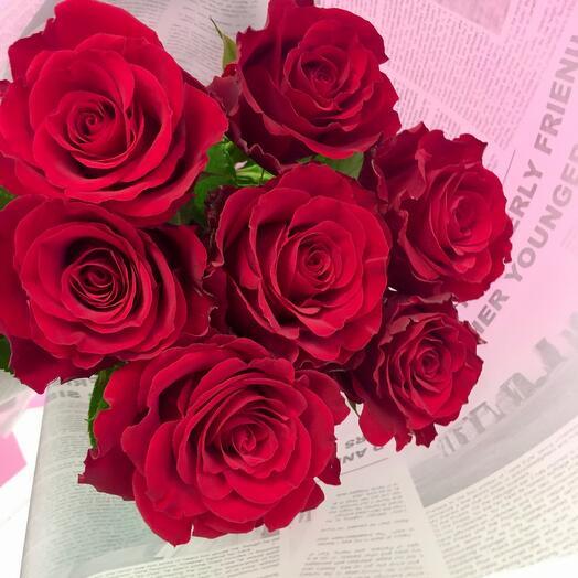 Красная роза в оформлении