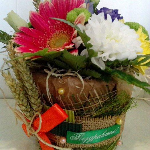 Эко горшочек с цветами: букеты цветов на заказ Flowwow