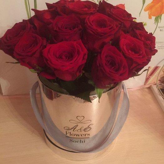 Коробка с кустовыми розами