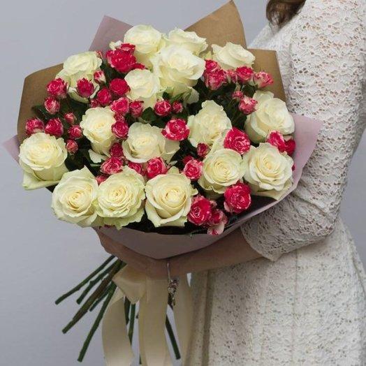 Над Парижем: букеты цветов на заказ Flowwow