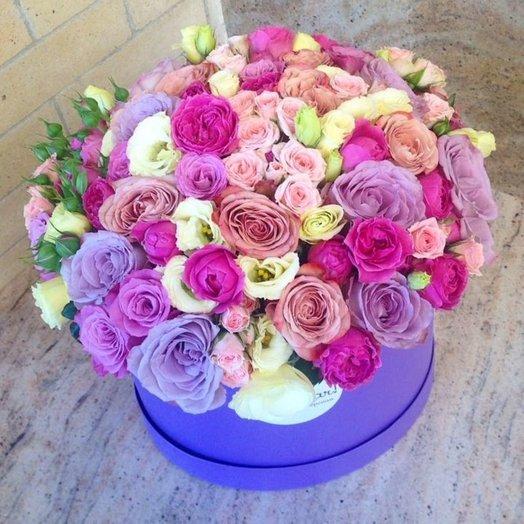Букет из роз в коробке