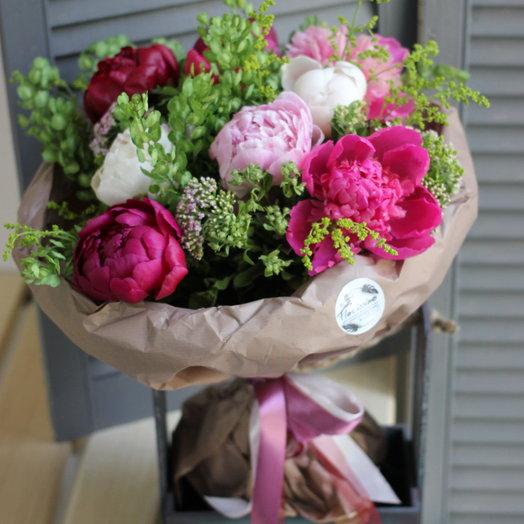 "Букет ""Яркие чувства"": букеты цветов на заказ Flowwow"