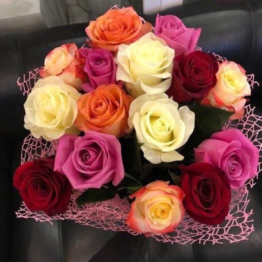 Ассорти из эквадорских роз: букеты цветов на заказ Flowwow