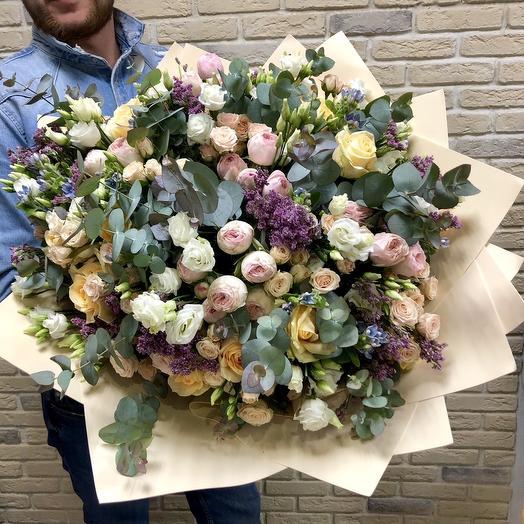 Огромный кремовый букет: букеты цветов на заказ Flowwow
