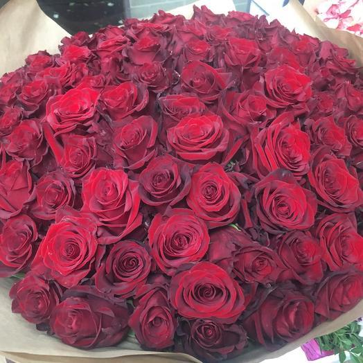 101 Красная роза 80см: букеты цветов на заказ Flowwow