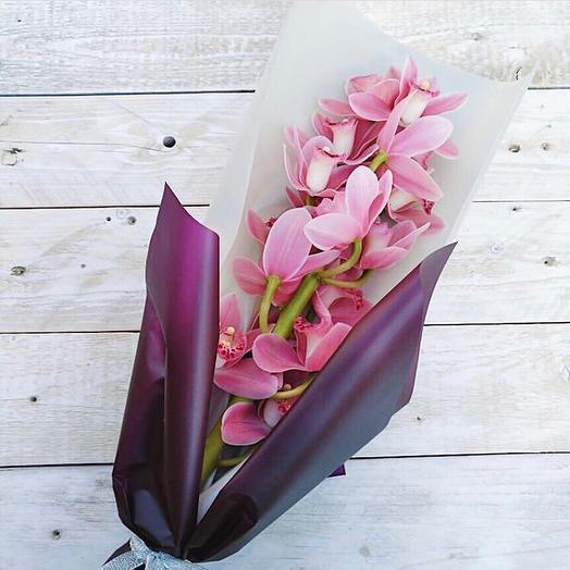 Ветка цимбидиума: букеты цветов на заказ Flowwow
