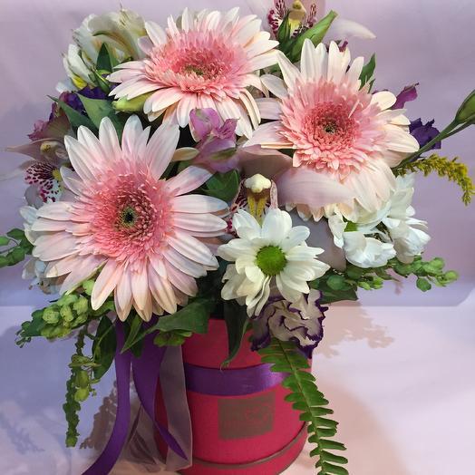 Коробка «Луна»: букеты цветов на заказ Flowwow