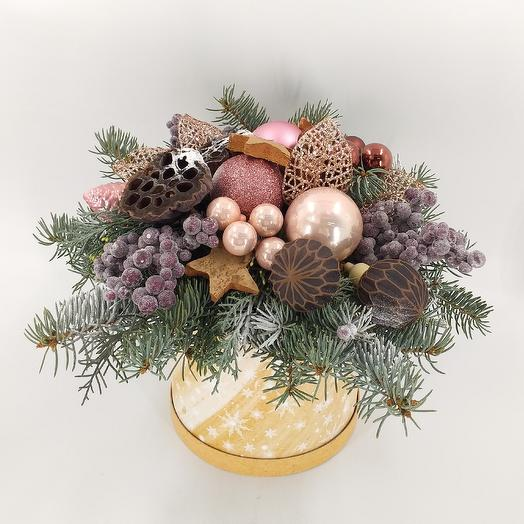 Зимняя композиция к Рождеству: букеты цветов на заказ Flowwow