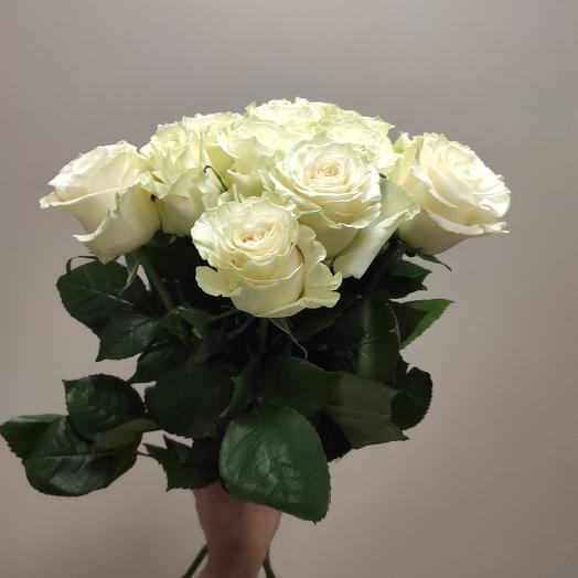Белые розы 15 шт: букеты цветов на заказ Flowwow
