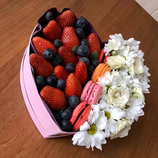 Коробочка «часики»: букеты цветов на заказ Flowwow