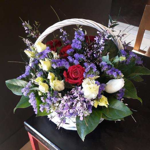 Корзина Весна: букеты цветов на заказ Flowwow
