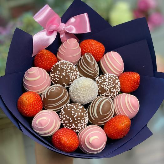 Букет из клубники «Фруктовая романтика» мини: букеты цветов на заказ Flowwow