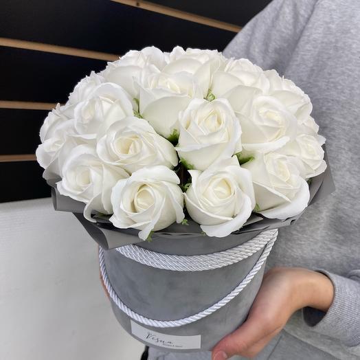 29 мыльных роз в бархатной коробочке
