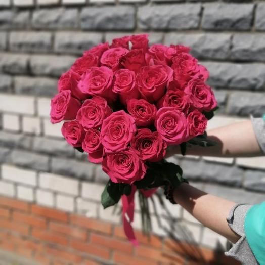 Букет из 25 эквадорских роз 60 см под ленту