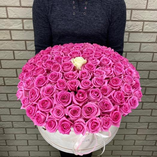 101 роза в бархатной коробке