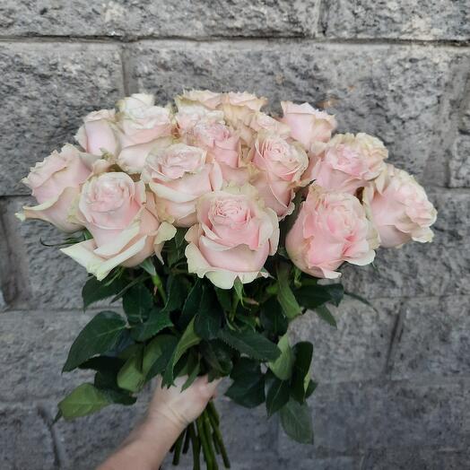 Букет роз Пинк Мондиаль