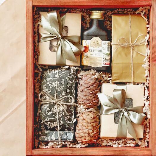Подарочный набор со сбитнем и кедровыми шишками