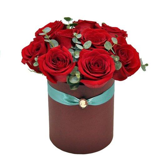 Букет 9 роз в коробке: букеты цветов на заказ Flowwow