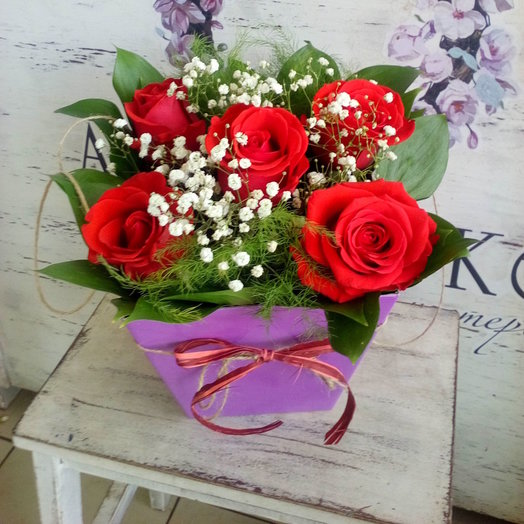 цветочная композиция с розами