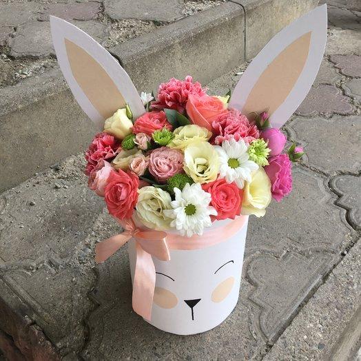 Цилиндр «Зайка»: букеты цветов на заказ Flowwow