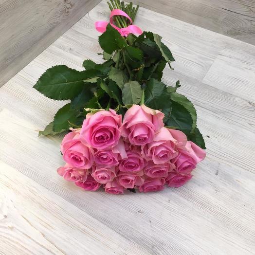 Букет из 15 розовых роз: букеты цветов на заказ Flowwow