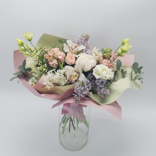 Букет с сиренью и орхидеями: букеты цветов на заказ Flowwow