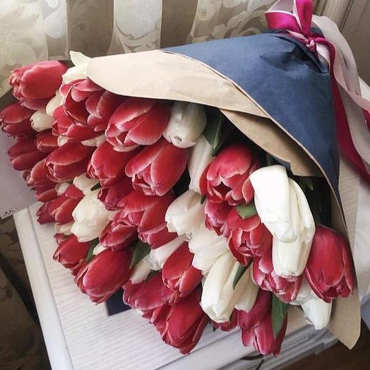 Букет 10 (51 тюльпан): букеты цветов на заказ Flowwow